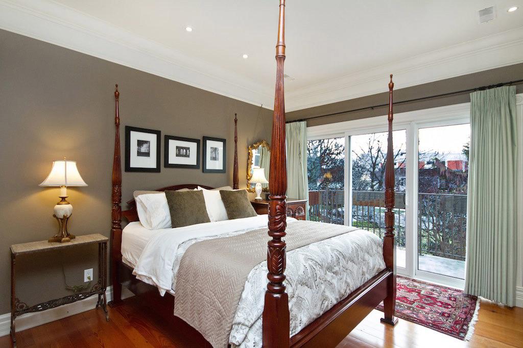 Gingerbread House Suite 5 Burlington Furnished Rentals
