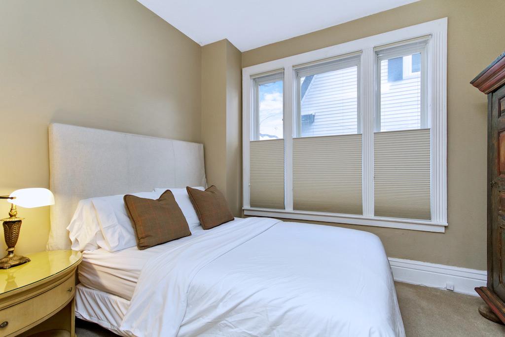Coleman House Suite 1 Burlington Furnished Rentals
