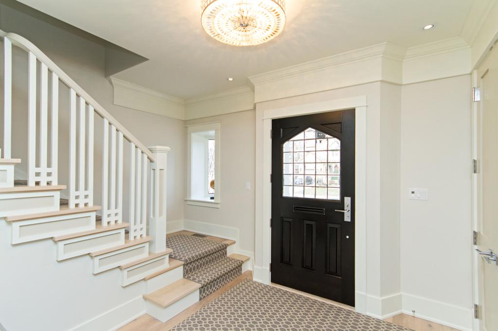 Entrance hallway to Tudor House suite 1 furnished rental in downtown Burlington